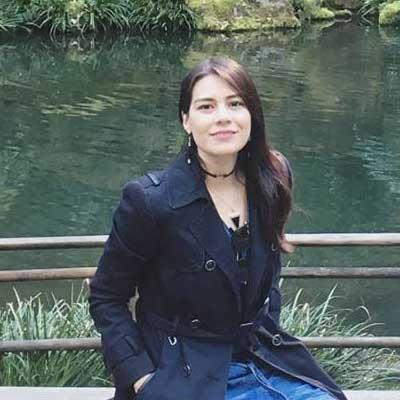 Carla De la Roca
